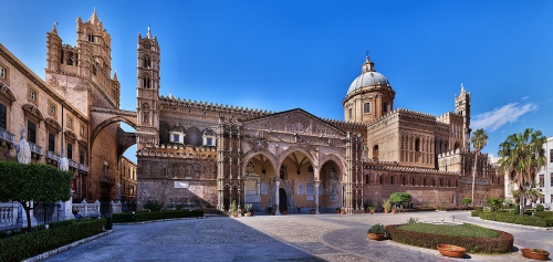 Cattedrale-pano1.jpg