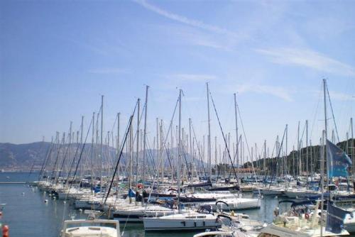 Port Pin Rolland.jpg